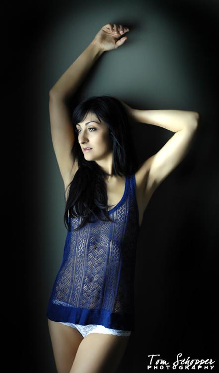 http://photos.modelmayhem.com/photos/120401/23/4f794865ef8e6.jpg