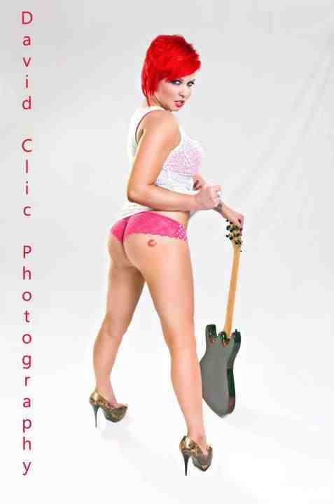 Female model photo shoot of Stacey-DeeVine
