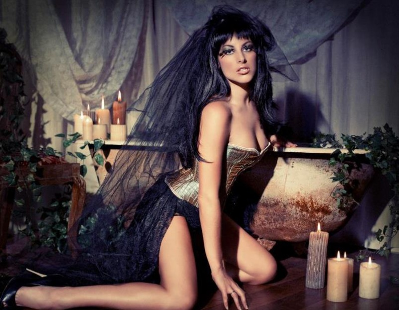 Female model photo shoot of lou jane