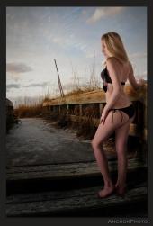 http://photos.modelmayhem.com/photos/120405/11/4f7de9fc1b60d_m.jpg