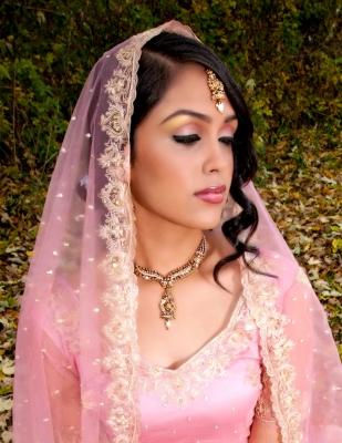 Female model photo shoot of Herleen Dulai