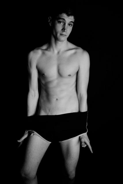 Male model photo shoot of Sbastien