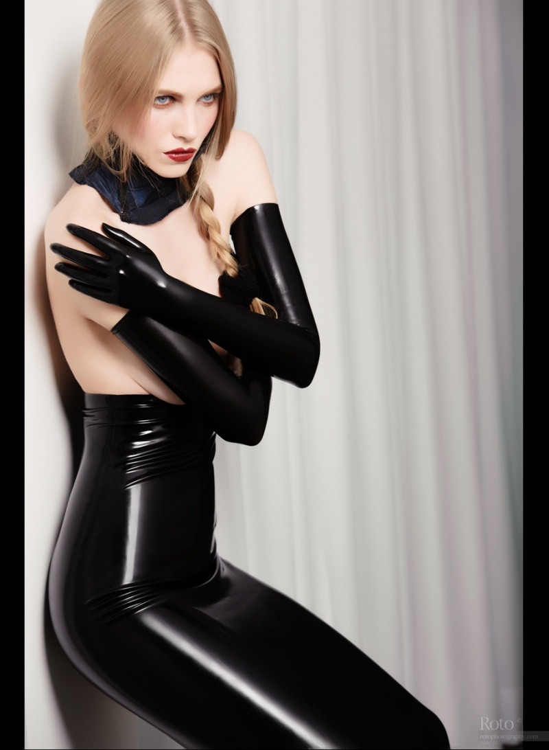 Female model photo shoot of Maison Bizarre by Roberto Roto