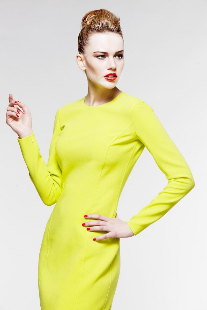Male model photo shoot of Tayari Cassel in London studio