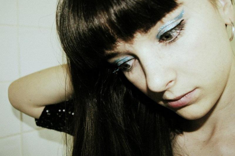 Apr 07, 2012 Juliette Younger
