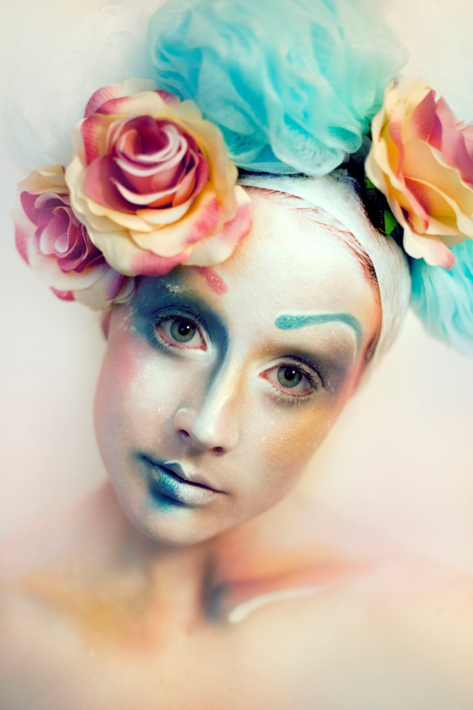 Female model photo shoot of ArtistAlison
