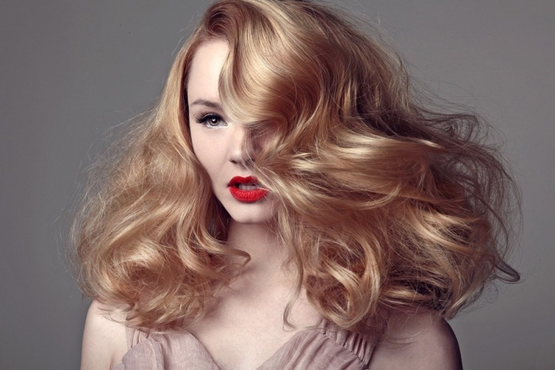 Female model photo shoot of Kemi Kings Beauty