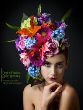 https://photos.modelmayhem.com/photos/120412/20/4f87a371038ce_m.jpg