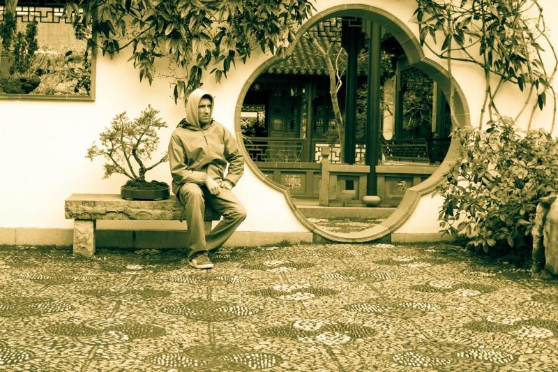 Male model photo shoot of Kongming