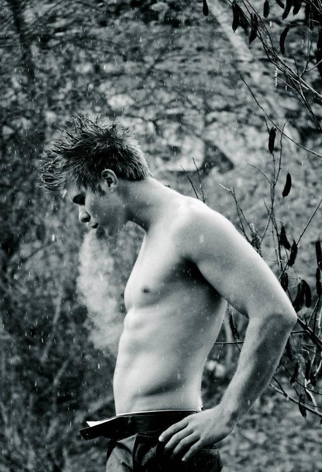 Male model photo shoot of Ian Aylmer