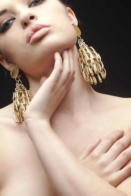 Female model photo shoot of _AmberRose_ in NY