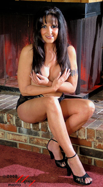 Female model photo shoot of Shauna Picone