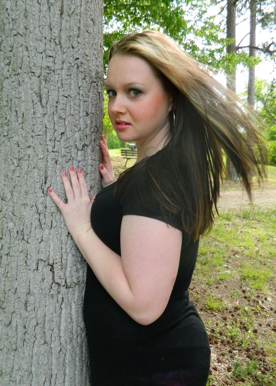 Female model photo shoot of Sashy_88