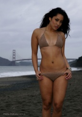 http://photos.modelmayhem.com/photos/120426/10/4f99865ff02a7_m.jpg
