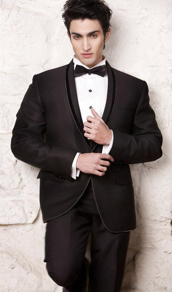 Male model photo shoot of Nawab Faizi in New Delhi
