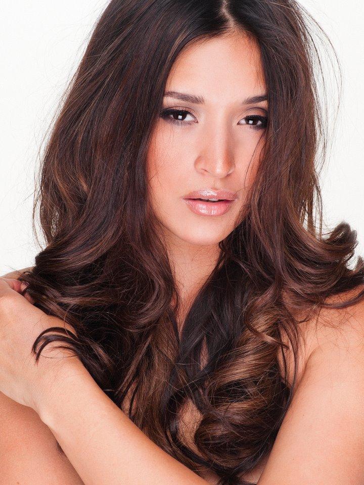 Female model photo shoot of Melanie Tillbrook in FL