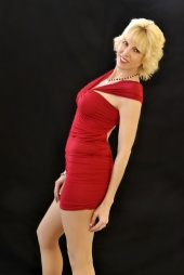 http://photos.modelmayhem.com/photos/120429/22/4f9e22d847839_m.jpg