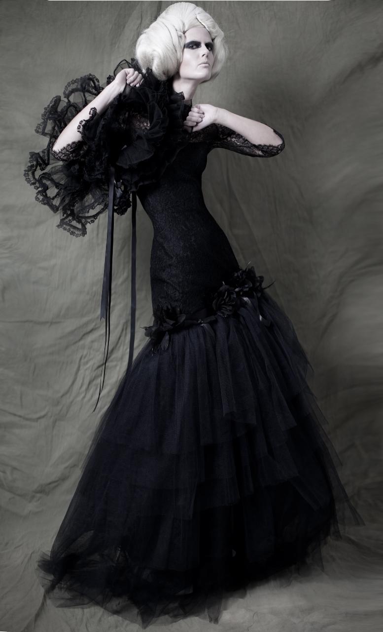 May 06, 2012 by Xanthe Ellis. Models Mariwka & Nina. Styling Caroline. MUA Temi Aboderin. Darker My Love shrug & Her Dark Materials tulle bustle ( worn as fishtail)