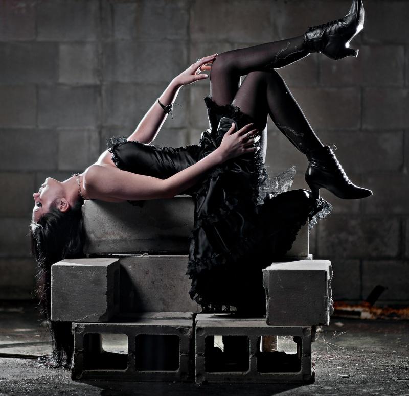 May 06, 2012 William Brand Model Danielle Jinx