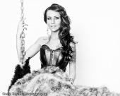 http://photos.modelmayhem.com/photos/120506/23/4fa76f7a4c71b_m.jpg