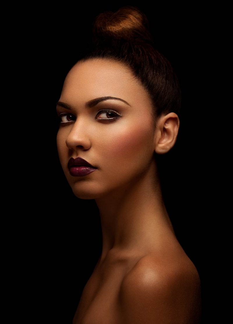 http://photos.modelmayhem.com/photos/120507/22/4fa8b31ee14cf.jpg