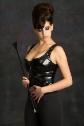 http://photos.modelmayhem.com/photos/120508/02/4fa8e68ebaa5a_m.jpg