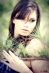https://photos.modelmayhem.com/photos/120509/15/4faaf6e2ae67e_m.jpg