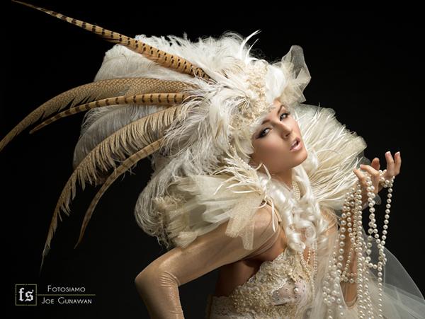 May 10, 2012 Joe Gunawan (Fotosiamo), gowns by Marika Soderlund-Robison In Between Dreams