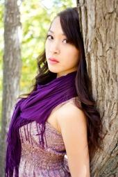 https://photos.modelmayhem.com/photos/120515/08/4fb273533805f_m.jpg