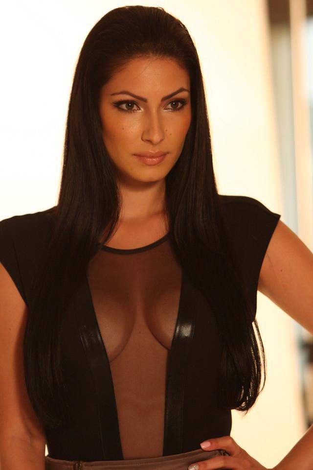 Female model photo shoot of Adriana Villegas