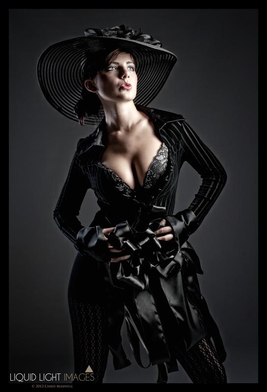 http://photos.modelmayhem.com/photos/120516/21/4fb47c21ce946.jpg