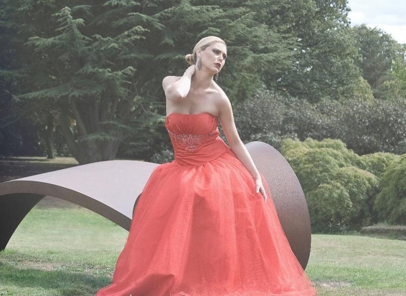 Female model photo shoot of Rachael Amy Benham in Yorkshire Sculpture Park