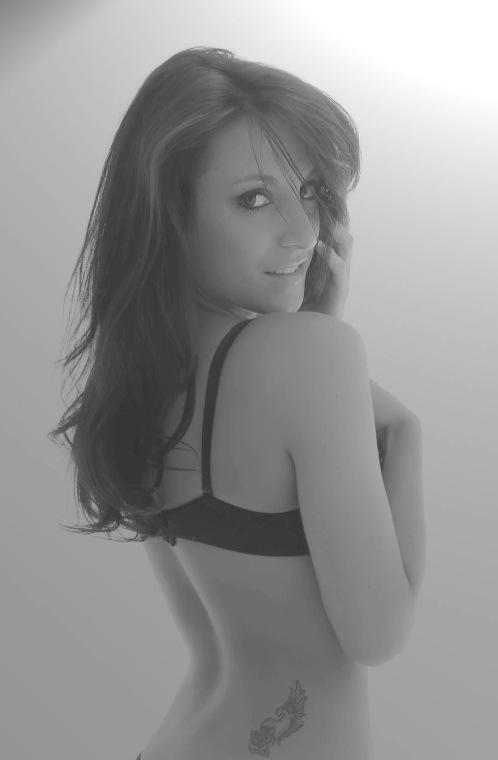 Female model photo shoot of Ashlee J Miller by BigCityModelz