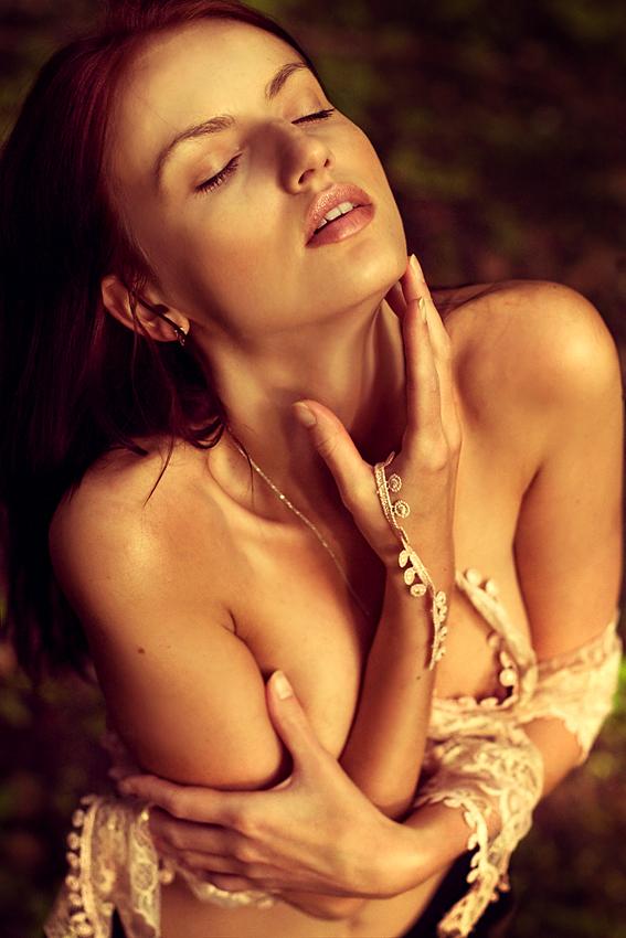 Female model photo shoot of Emma Litova