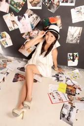 http://photos.modelmayhem.com/photos/120524/00/4fbde7813f85a_m.jpg