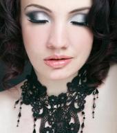 https://photos.modelmayhem.com/photos/120527/13/4fc28b5fb4221_m.jpg