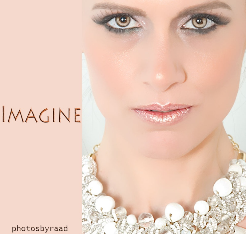 http://photos.modelmayhem.com/photos/120527/13/4fc290531dd86.jpg