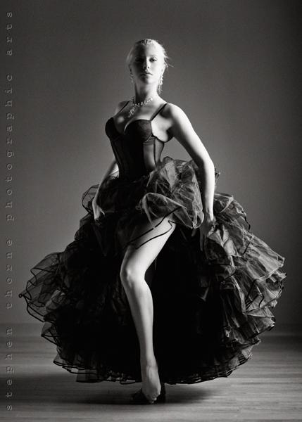 http://photos.modelmayhem.com/photos/120528/09/4fc3a3f58f6f3.jpg