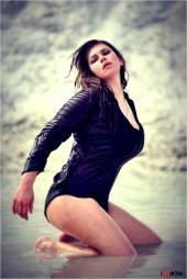 https://photos.modelmayhem.com/photos/120528/19/4fc433d4e20e8_m.jpg