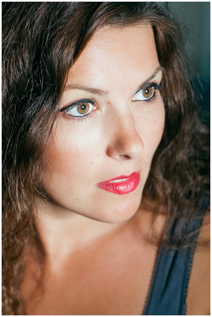 Female model photo shoot of Jenny M W by d_joel