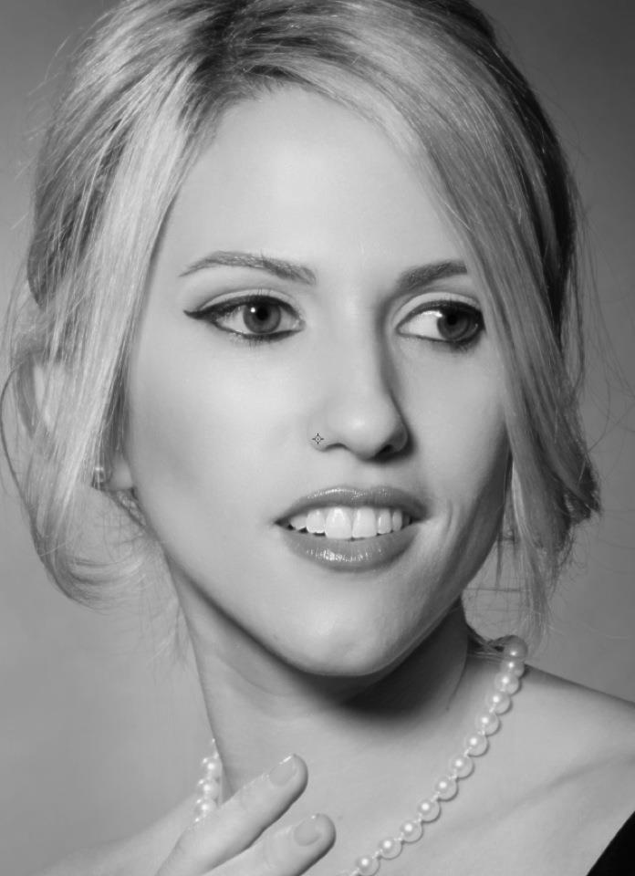 Female model photo shoot of Rosemary Lee