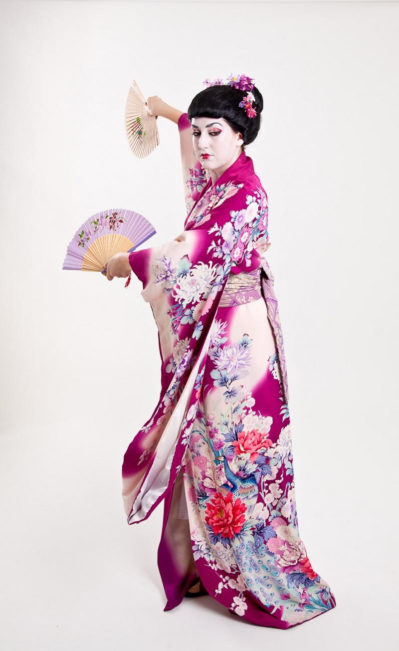 Female model photo shoot of Melissa Grace Stylist by Fleeting Glimpse Images