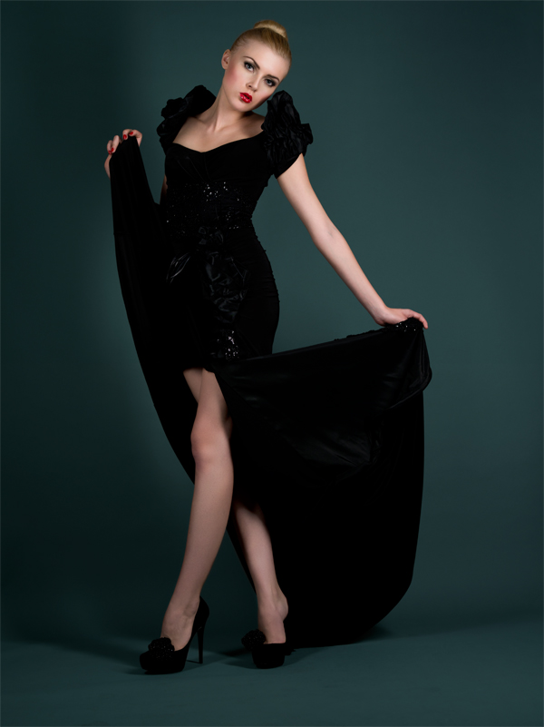 http://photos.modelmayhem.com/photos/120610/16/4fd52d0f9a97f.jpg