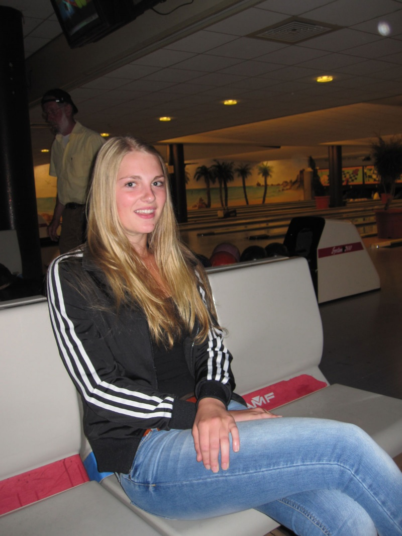Jun 11, 2012 My friend At the bowling