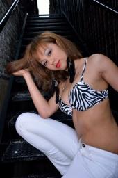 http://photos.modelmayhem.com/photos/120612/11/4fd785afb1b84_m.jpg