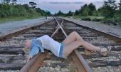 http://photos.modelmayhem.com/photos/120617/10/4fde11173f80e_m.jpg