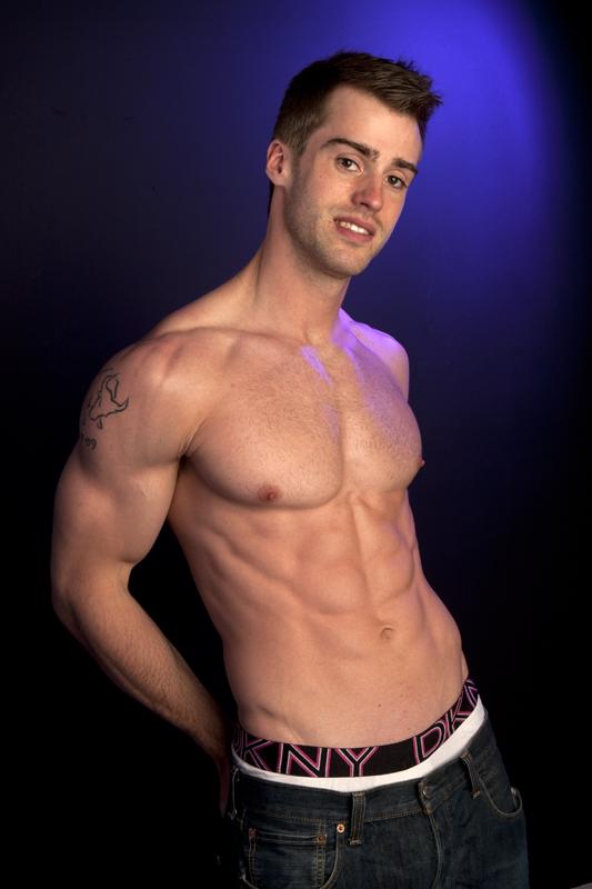 Male model photo shoot of SW-PHOTOS in SW PHOTOS studio