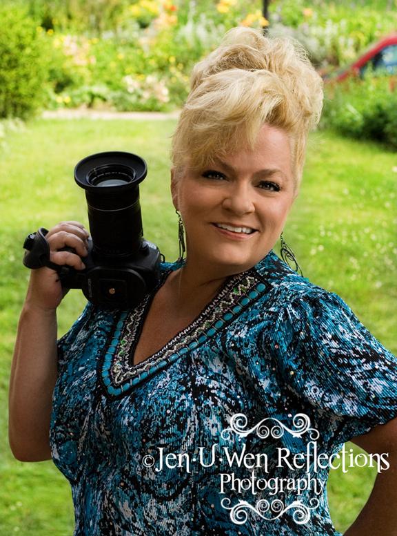 Female model photo shoot of JEN U WEN Reflections in Cincinnati, OH
