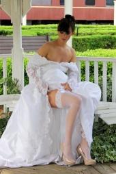 http://photos.modelmayhem.com/photos/120620/19/4fe2862c0400a_m.jpg