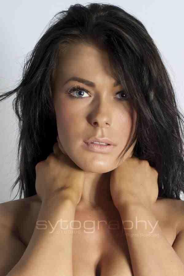 Female model photo shoot of lauren watts